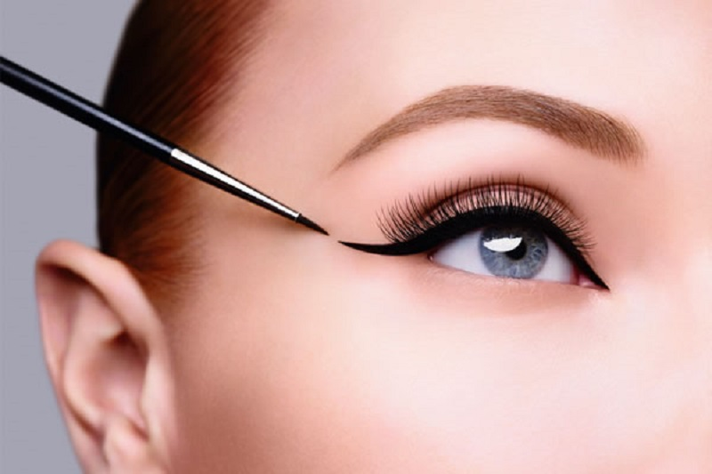 Comment maquiller les yeux ?