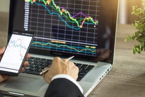 2 applications pour le trading Forex et les crypto-monnaies