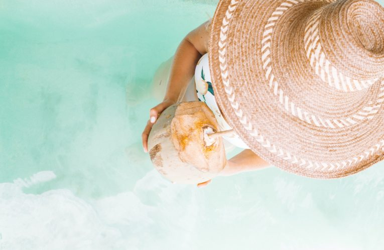Bien choisir son chapeau de paille pour la plage