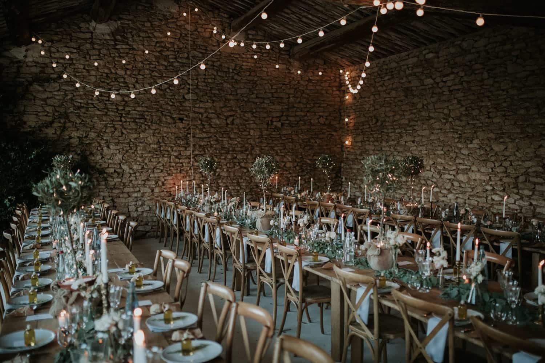 Comment décorer une salle des fêtes pour un mariage ?