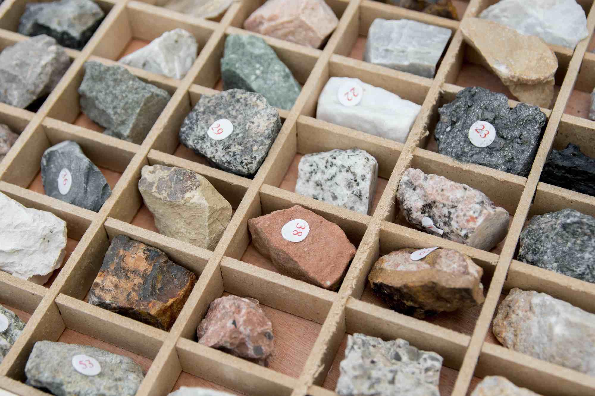 Qu'est-ce que la microminéralogie ?